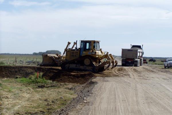 Bulldozer 605 Roadway Work